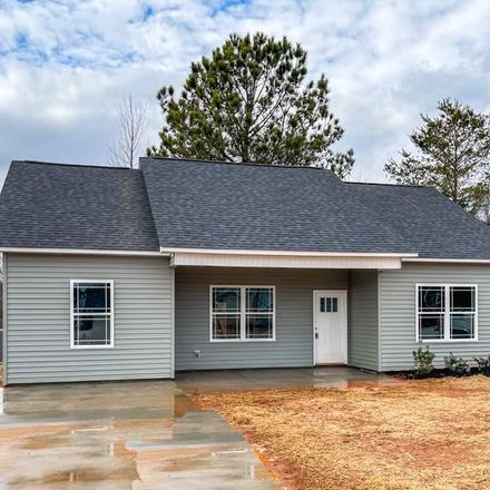 Rent this 3 bed house on 35 Saluda Fern Court in Berea, SC 29611