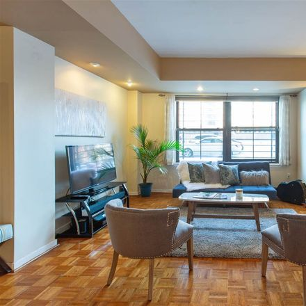 Rent this 1 bed condo on Greene St in Jersey City, NJ