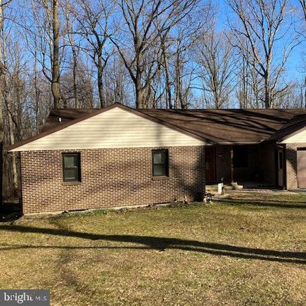 Rent this 4 bed house on 572 Ridge Avenue in Ephrata, PA 17522