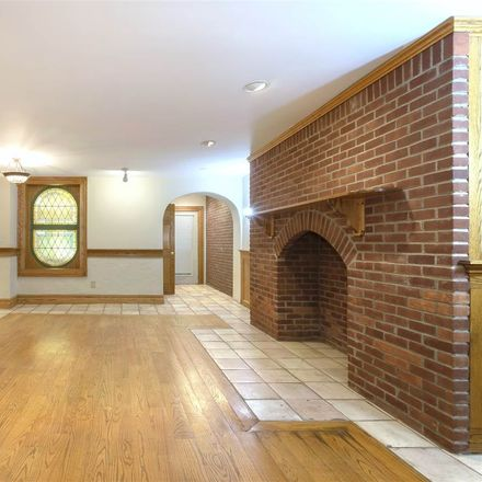 Rent this 2 bed apartment on Sussex St in Jersey City, NJ