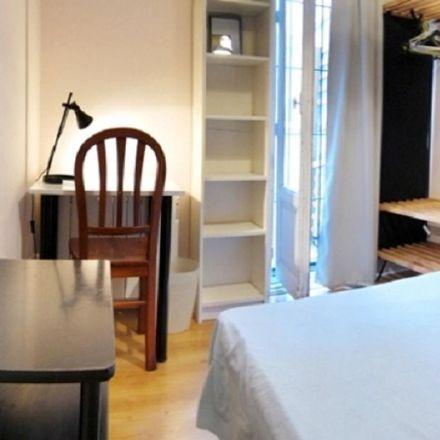 Rent this 8 bed room on Hnos Ortiz Sanz in Calle de Toledo, 28001 Madrid