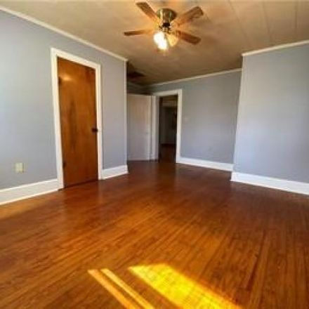 Rent this 3 bed house on 1127 South 845 W in Burney, IN 47240