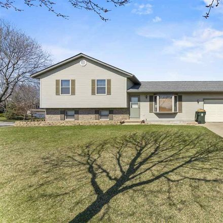 Rent this 3 bed house on 1766 Oconto Drive in Sun Prairie, WI 53590