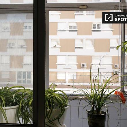 Rent this 6 bed apartment on 2675-533 Póvoa de Santo Adrião e Olival Basto