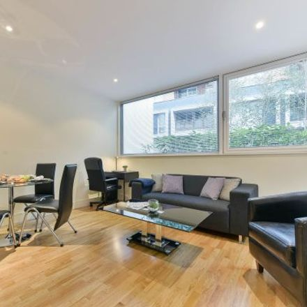 Rent this 4 bed apartment on Millharbour in London E14 9JU, United Kingdom