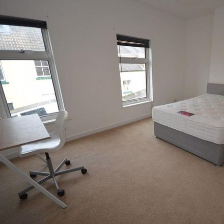Rent this 3 bed house on Western Street in Swindon SN1 3JX, United Kingdom