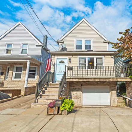 Rent this 3 bed house on 119 West 13th Street in Port Johnson, Bayonne