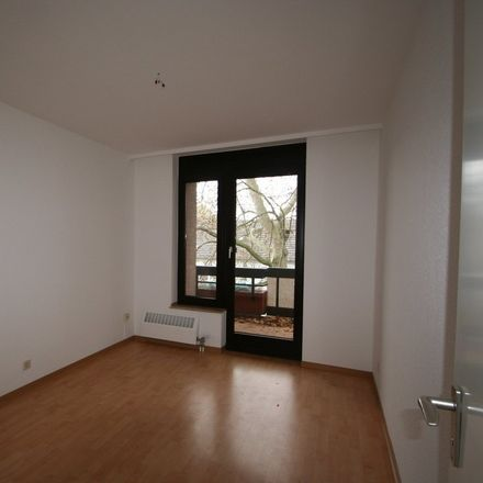 Rent this 3 bed apartment on Limitenstraße 133 in 41236 Rheydt, Germany