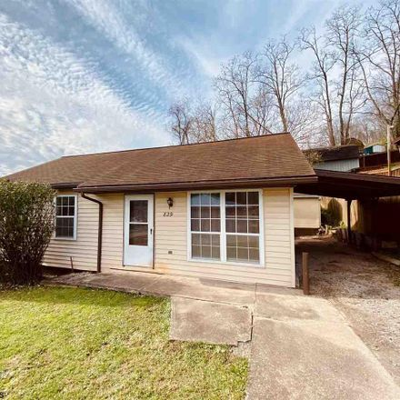 Rent this 3 bed house on 829 Kuntz Drive in Weston, WV 26452