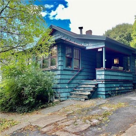 Rent this 3 bed house on 199 Hartley Street in Syracuse, NY 13203
