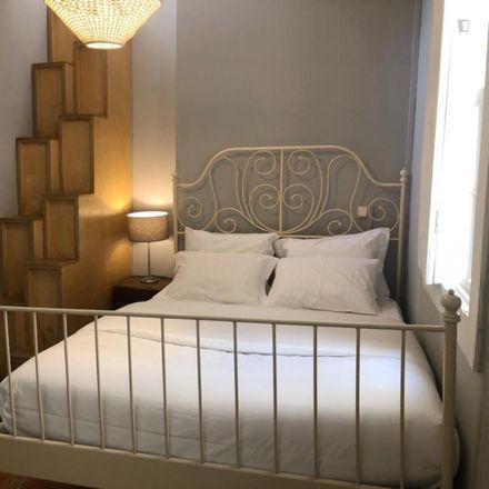Rent this 10 bed room on Centro Histórico in Cedofeita, Santo Ildefonso