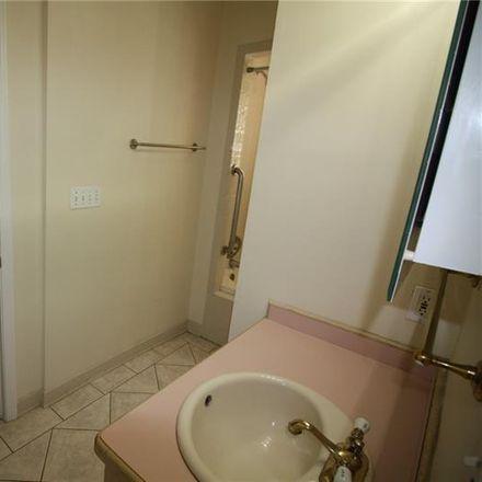 Rent this 2 bed duplex on Ridgewood Dr NE in Atlanta, GA