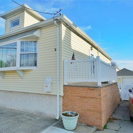 Rent this 3 bed house on 15 Orlando Street in New York, NY 10305