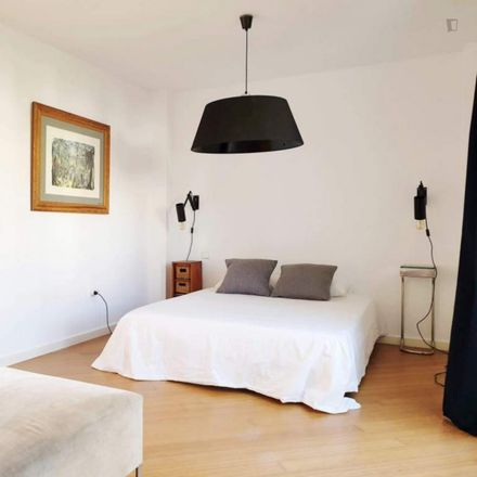 Rent this 0 bed apartment on Calle de la Cordera in 29260 Torremolinos, Spain