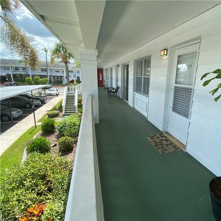 Rent this 1 bed condo on 4747 Azalea Drive in New Port Richey, FL 34652