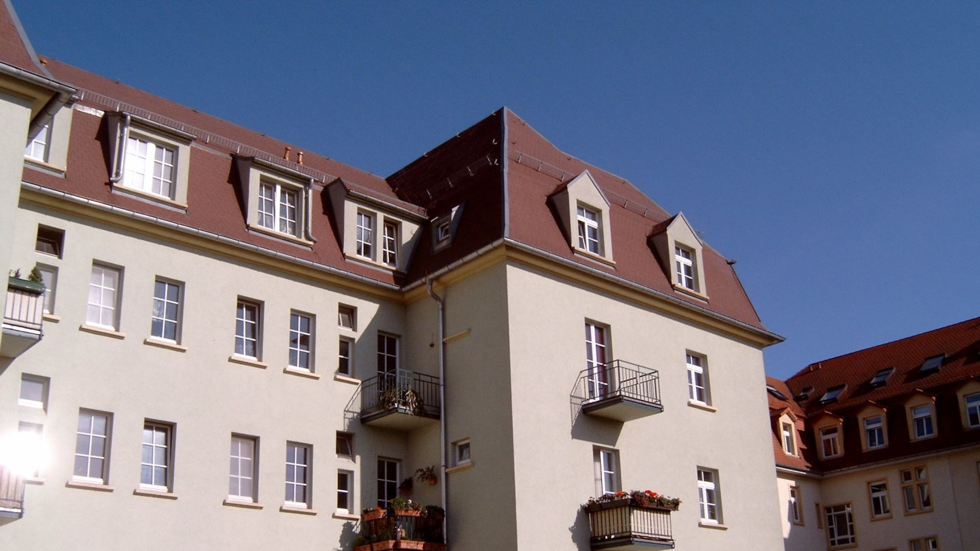 3 Bed Apartment At Hubertusstrasse 49 01129 Dresden Germany