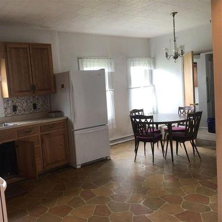 Rent this 4 bed house on 10 Monongalia Street in Buckhannon, WV 26201