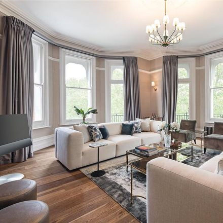 Rent this 4 bed apartment on Cranley Mansions in 160 Gloucester Road, London SW7 4TE