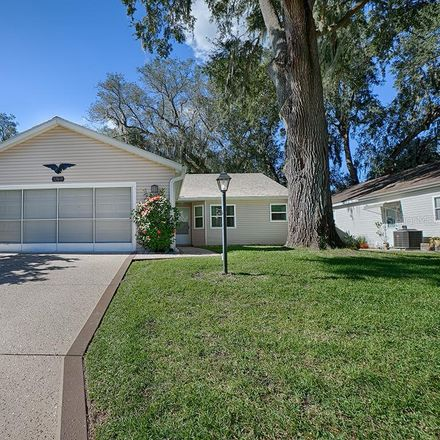 Rent this 2 bed house on Oak Park Dr in Leesburg, FL