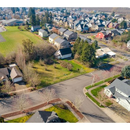 Rent this null bed apartment on 110 West Oxford Street in Newberg, OR 97132
