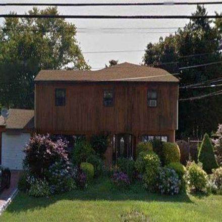 Rent this 5 bed house on 53 Orient Avenue in Suffolk County, NY 11717