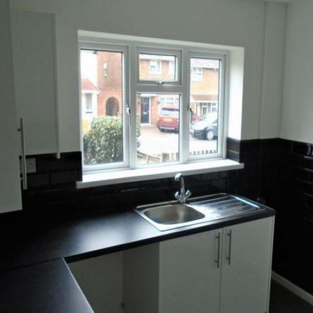 Rent this 2 bed house on Glastonbury Crescent in Walsall WS3 2RQ, United Kingdom