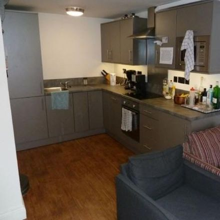 Rent this 3 bed apartment on 13A Lower North Street in Exeter EX4 3ET, United Kingdom