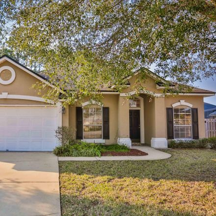 Rent this 4 bed house on Fieldstone Ct in Saint Augustine, FL