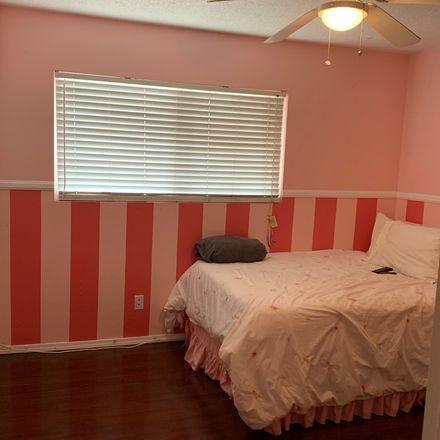 Rent this 1 bed room on La Verne