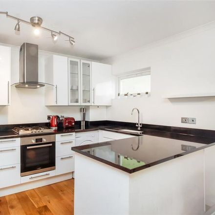 Rent this 2 bed apartment on Harlesden Jubilee Clock in Jubilee Close, London NW10 9DY