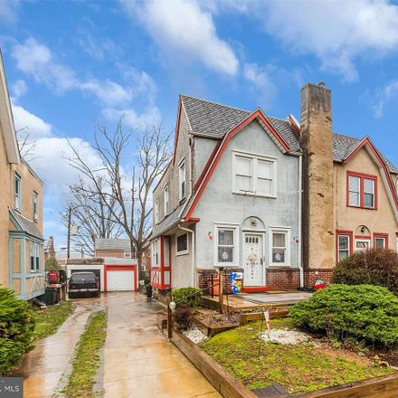 Rent this 3 bed house on 282 West Greenwood Avenue in Lansdowne, PA 19050