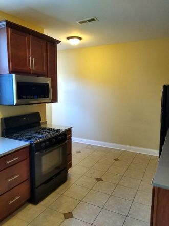 Rent this 3 bed townhouse on 7709 South Cornell Avenue in Chicago, IL 60649
