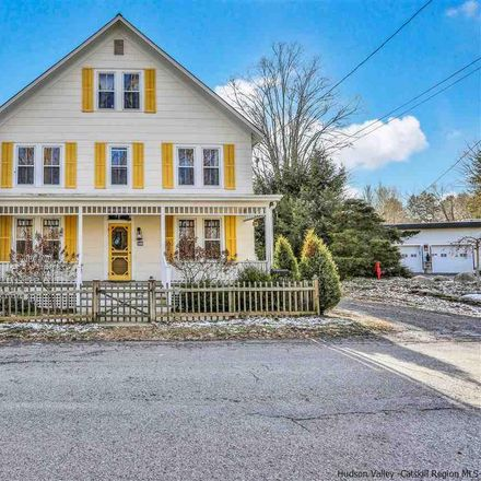 Rent this 3 bed house on 118 Huguenot Street in New Paltz, NY 12561