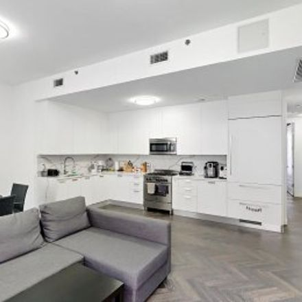 Rent this 3 bed apartment on #PH5 in 1414 West 4th Street, Bensonhurst