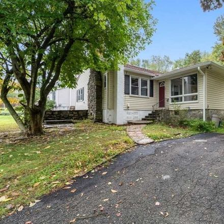 Rent this 2 bed house on Cedar Ln in Mohegan Lake, NY