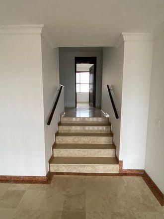 Rent this 3 bed apartment on Titanic Cambios in Carrera 5, Comuna 3