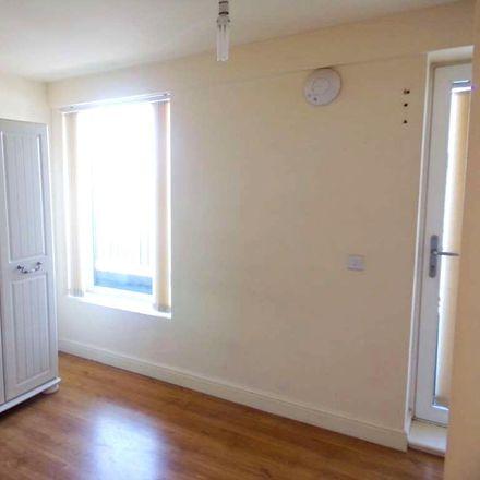 Rent this 1 bed apartment on Uxbridge Road in London UB10 0LX, United Kingdom