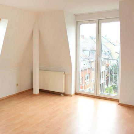 Rent this 3 bed loft on Posthörnchen in Berliner Platz 1, 41462 Neuss