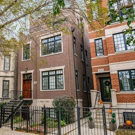 Rent this 2 bed condo on 3723 North Clifton Avenue in Chicago, IL 60613
