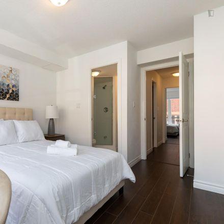Rent this 3 bed room on 1393 Bloor Street West in Toronto, ON