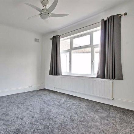 Rent this 2 bed apartment on Marlborough Gardens in London N20 0SA, United Kingdom