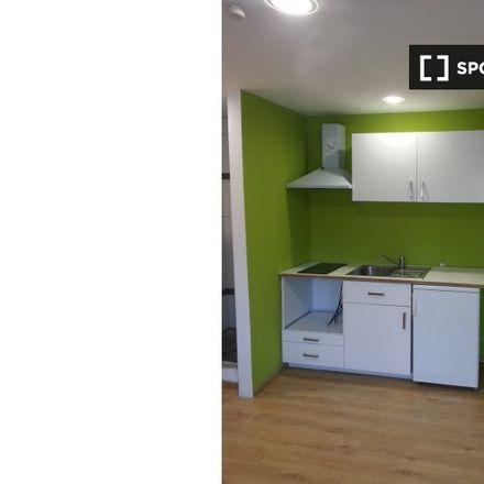 Rent this 2 bed room on Avenue Van Volxem - Van Volxemlaan 22 in 1190 Forest - Vorst, Belgium