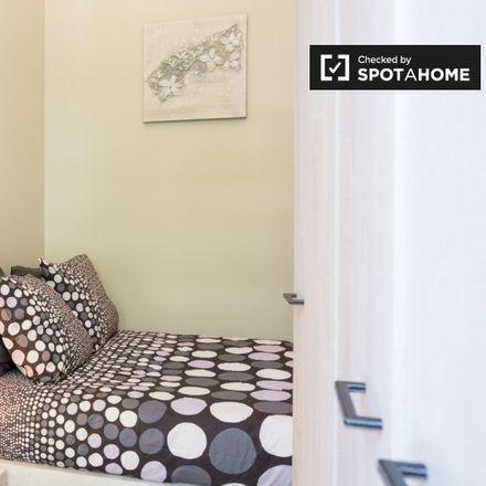 Rent this 1 bed apartment on Square Ambiorix - Ambiorixsquare 16 in 1000 Ville de Bruxelles - Stad Brussel, Belgium