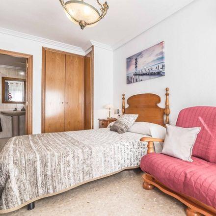 Rent this 1 bed apartment on Platja de la Patacona in Paseo Marítimo de la Patacona, 46000 Alboraia / Alboraya