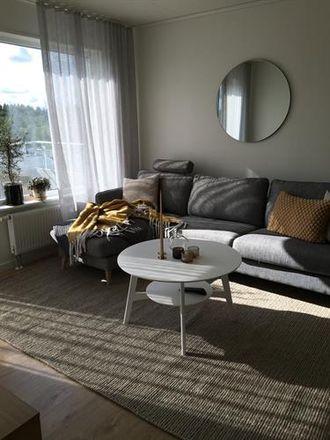 Rent this 3 bed condo on Stensholmsvägen in 561 39 Huskvarna, Sweden