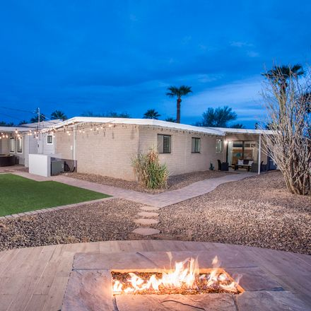 Rent this 5 bed house on 7508 East Highland Avenue in Scottsdale, AZ 85251