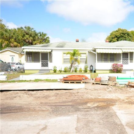 Rent this 3 bed house on 1917 West Gray Street in Tampa, FL 33606