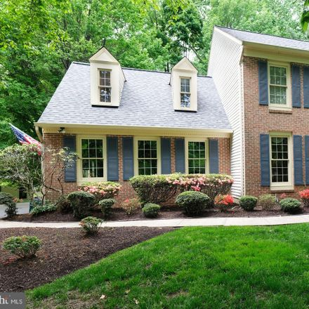 Rent this 5 bed house on 6166 Pohick Station Drive in Burke Centre, VA 22039