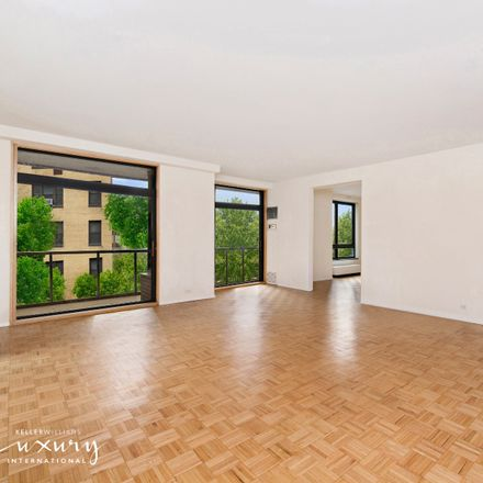 Rent this 2 bed apartment on 100 United Nations Plaza Tower in 100 1st Avenue, New York