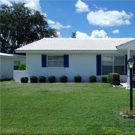 Rent this 2 bed house on 802 Buttonwood Dr in Bradenton, FL